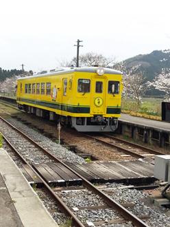 ムーミン列車2a.jpg
